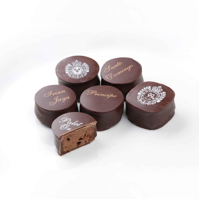ganaches au chocolat assortiment de ganaches au chocolat noir debauve gallais. Black Bedroom Furniture Sets. Home Design Ideas